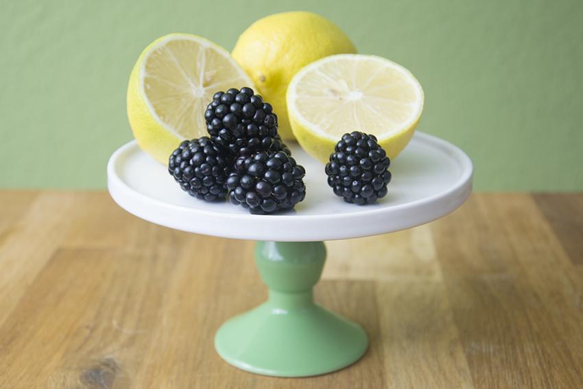 Zitronen-Brombeer-Torte, Unter dem Pflaumenbaum, Backblog, Linda Lomelino