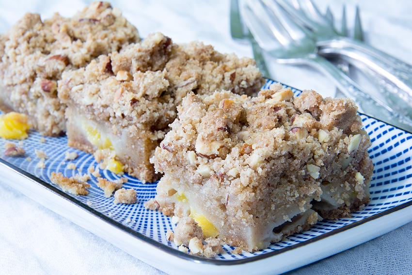 Pfirsich-Kuchen mit Mandel-Streuseln, Unter dem Pflaumenbaum, Backblog, Streuselkuchen, Pfirsiche, Sommer