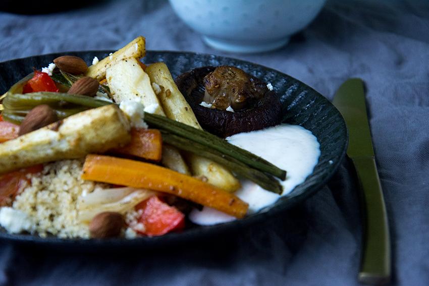 Unter dem Pflaumenbaum, Backblog, marokkanischer Couscous mit Ofengemüse