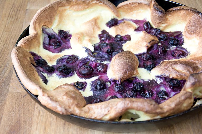 Unter dem Pflaumenbaum, Backblog, Ofenpfannkuchen mit Blaubeeren