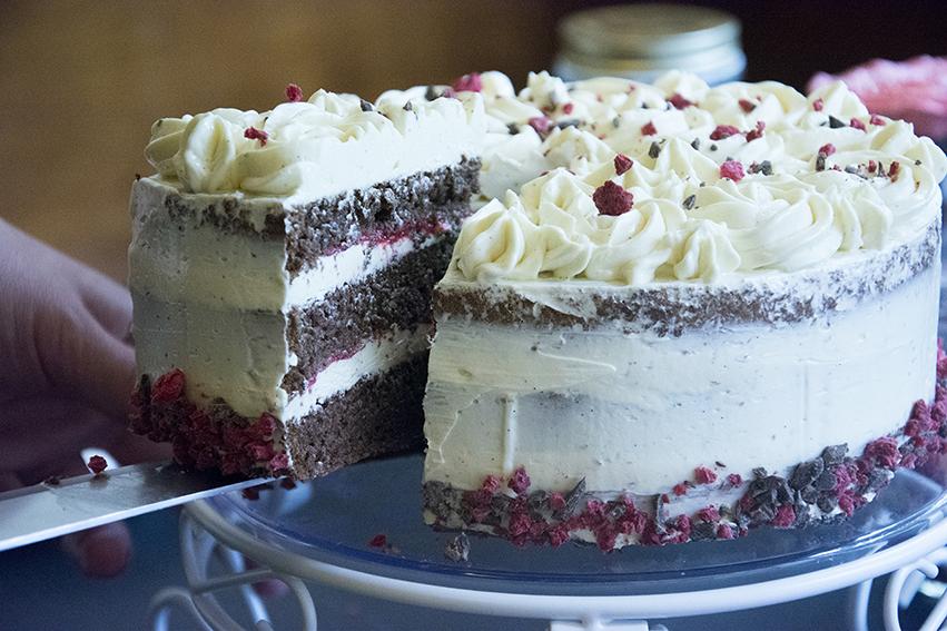 Ein musikalischer Backtag… mit Schoko-Cupcakes, Buttercreme-Torte und The Sound of Pastry